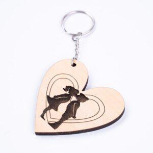 leseno darilo lesen obesek za ključe