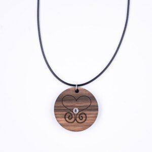 leseno darilo valentinovo lesena ogrlica 2