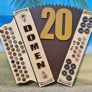 leseno darilo znak za obletnico harmonika